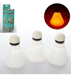 Воланчик MS 0454 (480шт)3шт, белый пластик, 8см, свет,на бат-ке(таб), в кор-ке, 6,5-6,5-19,5см